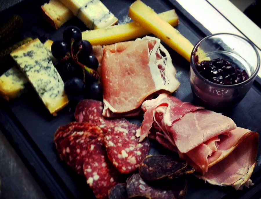 Comptoir des chineurs-Charcuterie-Darkside-events.com