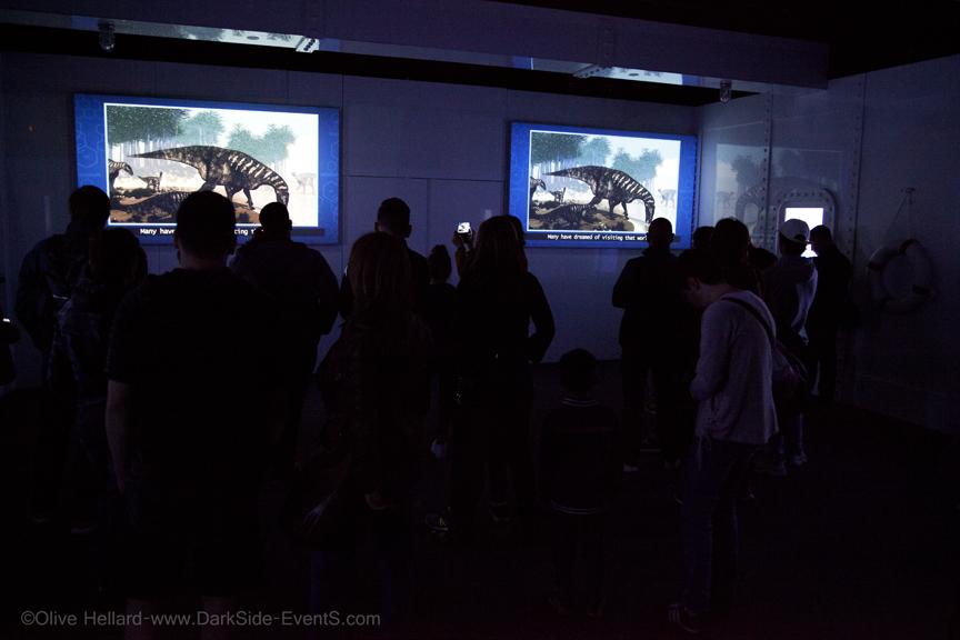 Jurassic world l'exposition-cite du cinema-darkside-events.com