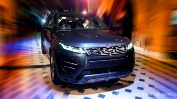 Permalink to: Mercredi 28 novembre 2018 au FAUST PARIS: RANGE ROVER EVOQUE: LIVE FOR PARIS